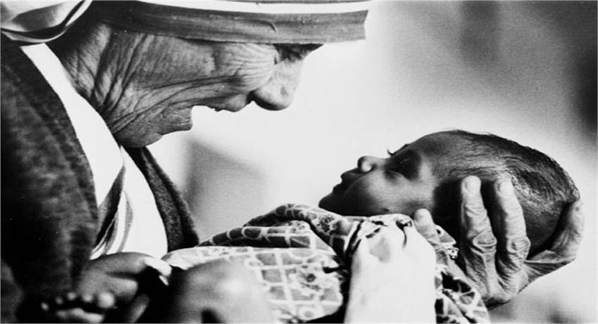 delight-mother-house-after-declared-saint-mother-teresa