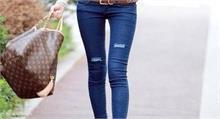 पटना के इस कॉलेज में लड़कियों के जीन्स पहनने पर लगा 'बैन', दी ये दलील