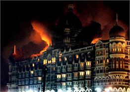 26/11 मुंबई में हुए आंतकी हमले की वो तस्वीरें, जो चीख-चीखकर सुनाती हैं इतिहास के उन काले पन्नों का दर्द