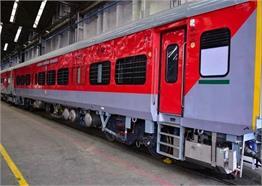 कोरोना के बाद ऐसे बदले जाएंगे रेलवे के कोच, देखें तस्वीरें...