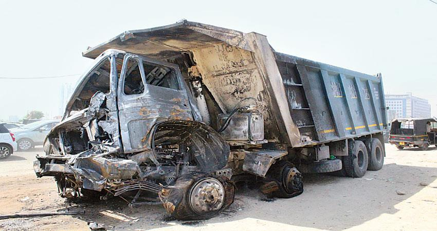 fire-in-two-trucks-burning-millions-of-water