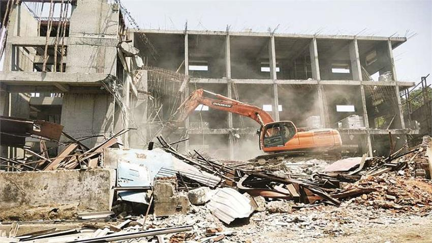 illegal-colonies-gets-demolished-31-acr-area-gets-free