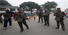 पठानकोट एयरफोर्स स्टेशन से सटे क्षेत्र में 3 हथियारबंद संदिग्ध दिखे