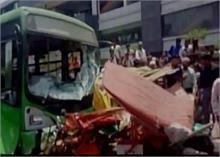 दिल्ली: बेलगाम बस ने 7 को कुचला, बच्चे समेत 3 की मौत, हादसे से उग्र भीड़ ने किया पथराव