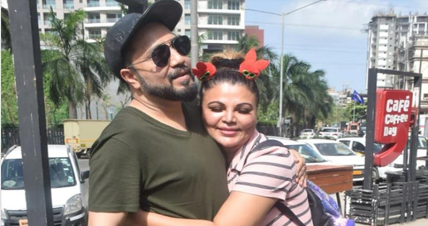 rakhi sawant and mika singh meets in mumbai and praise each other jsrwnt