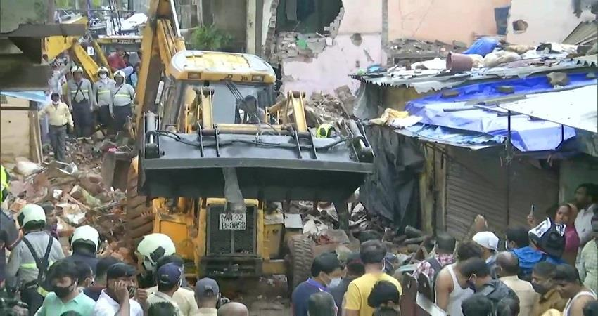 four-storey building collapses in mumbai 11 killed 9 injured kmbsnt
