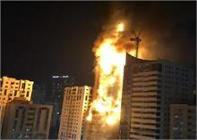 UAE की बहुमंजिला इमारत में लगी भीषण आग, 7 लोग हुए घायल