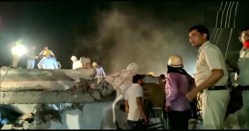 three-storey building collapsed in gurugram 1 dead many trapped kmbsnt