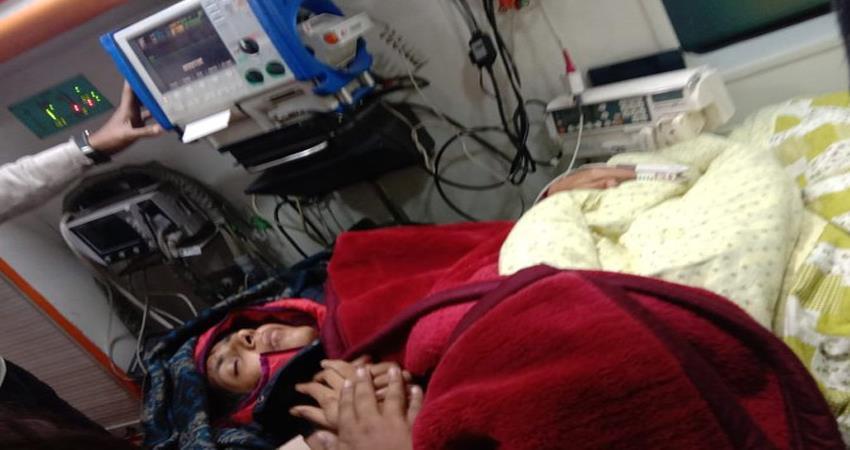 swati maliwa taken to lnjp hospital after she falls unconscious hunger strike