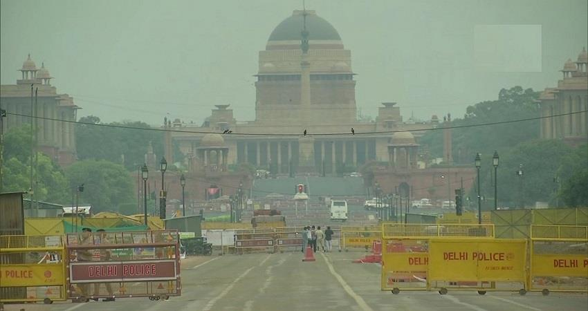 delhi weather updates light rain expected today kmbsnt