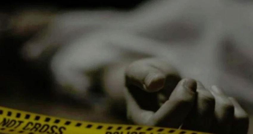 Senior auditor of home ministry in south delhi stabbed to death inside his house