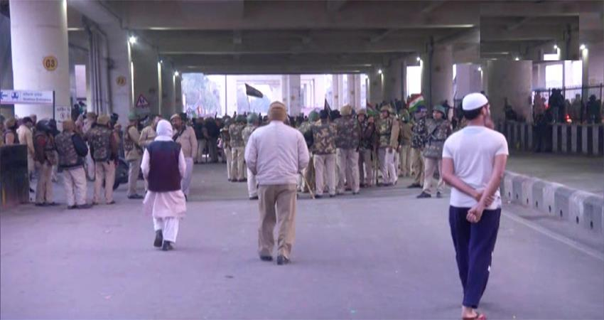 security deployed in jaffrabad metro station women caa protest