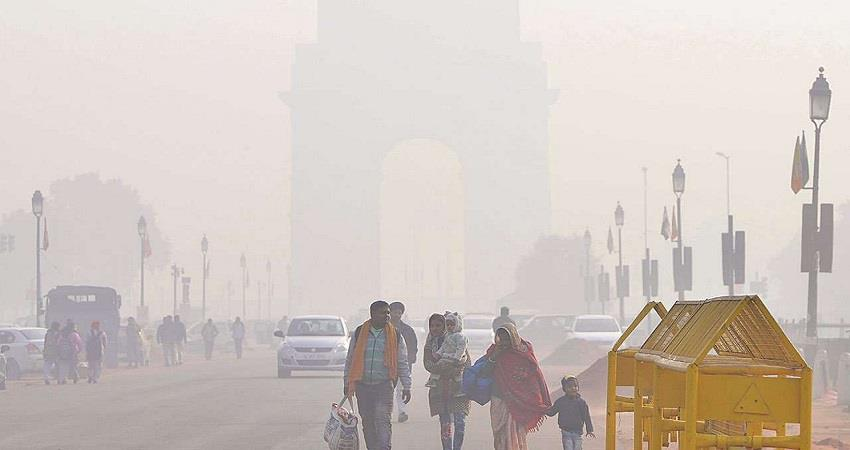 Delhi Weather Updates Fog engulfs parts of the national capital KMBSNT