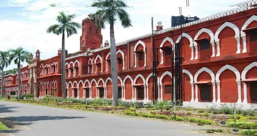 Corona outbreak in AMU 17 Professor died within 18 days due to Corona KMBSNT