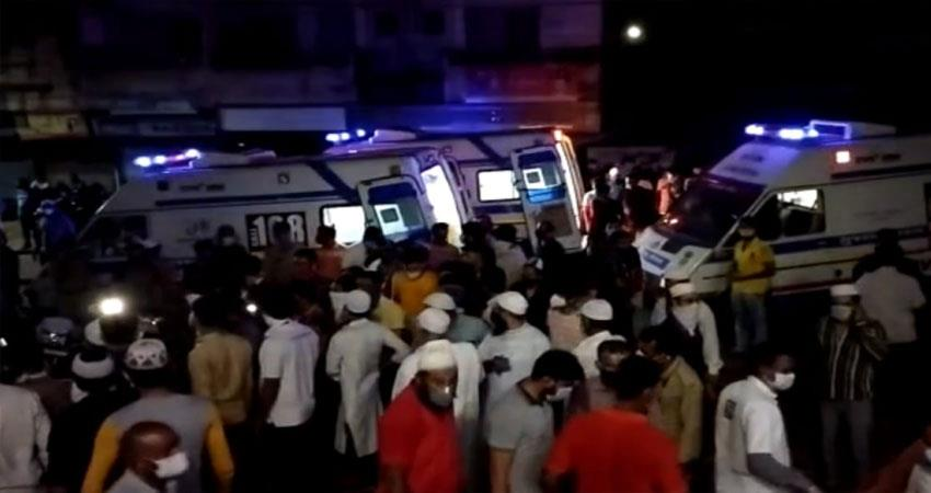 gujarat 70 people were admitted in icu due to severe fire in hospital anjsnt