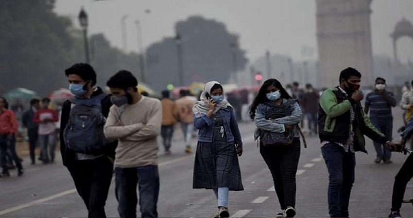 delhi weather updates fog engulfs parts of the national capital aqi 428 kmbsnt