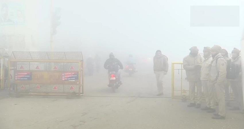delhi weather updates moderate fog in the national capital today kmbsnt