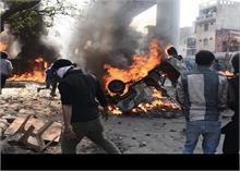 दिल्ली दंगा: घायलों को पीटते हुए राष्ट्रगान गवाने वाले केस में पुलिसकर्मी से हुए सवाल