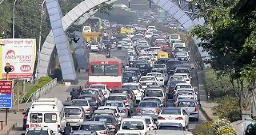dm on noida delhi border regarding corona djsgnt
