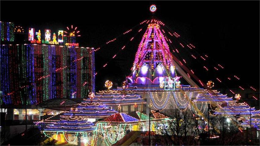 corona virus covid 19 first day of navratri delhi jhandewalan temple closed