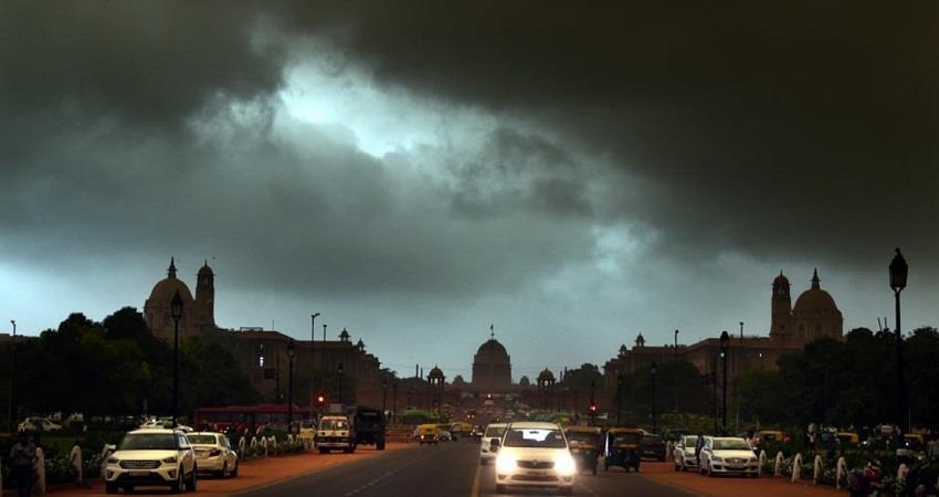 delhi weather updates chance of rain  yellow alert issued kmbsnt