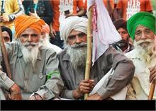 सिंघू बॉर्डर पर बैठे किसानों ने किया कोविड नियमों का उल्लंघन! FIR दर्ज