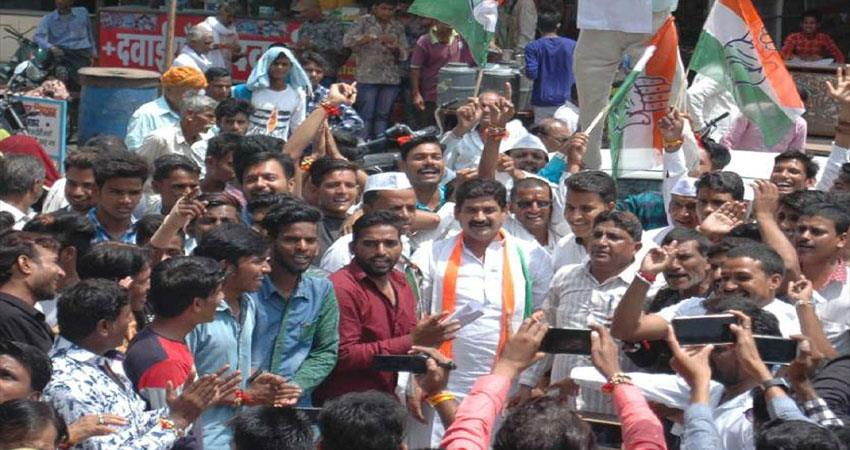 congress-worker-in-rajasthan-angry-with-party