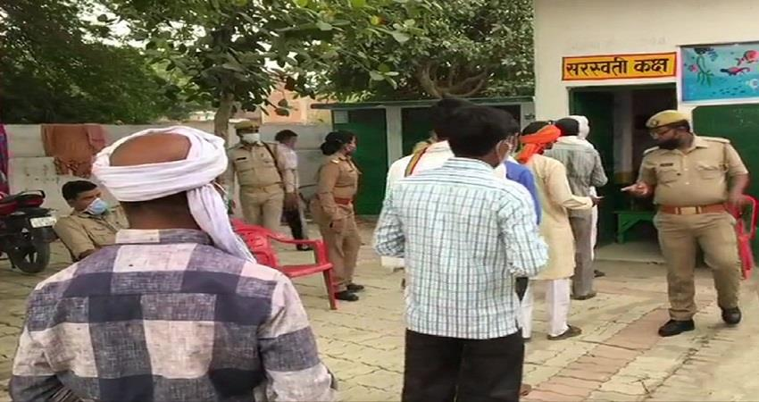 up panchayat election voting start kmbsnt