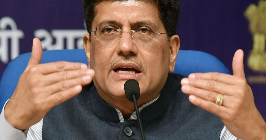 indian-railways-withdrawn-massage-proposal-in-trains-after-dispute-sumitra-mahajan-also-opposed
