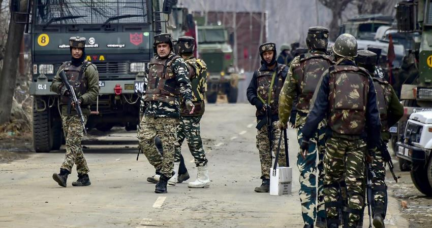 a militant killed in an encounter with security forces in srinagar, campaign continues prshnt