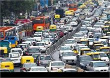जानें कब तक के लिए दिल्ली सरकार ने रोड टैक्स पर लगने वाली पेनल्टी की माफ