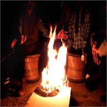 सर्दी में लकड़ी जलाकर हाथ सेंके, तो होगा चालान!