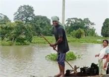 असम में बाढ़ से अब तक 18 की मौत, ब्रह्मपुत्र नदी भी खतरे के निशान से उपर पहुंची