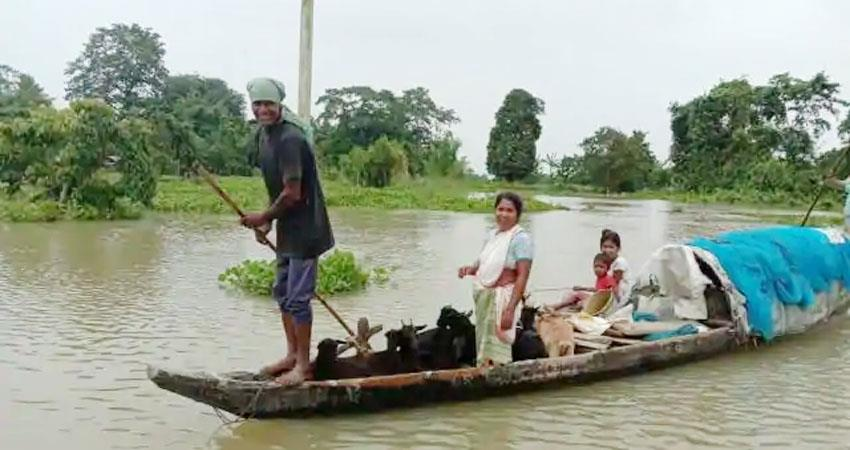 18 deaths due to floods in assam brahmaputra river also rises above the danger mark prshnt
