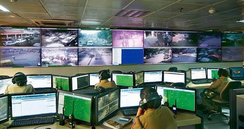 delhi police keeping eye on social media accounts delhi elections 2020 communal violence