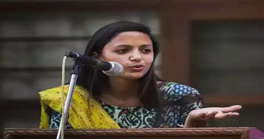 activist shehla rashids father alleges death threat from daughter kmbsnt