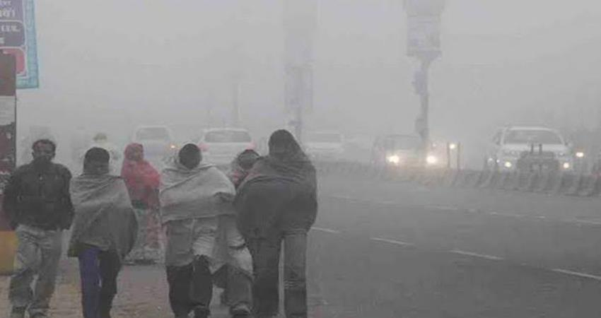 cold-havoc-in-north-india-movement-of-aircraft-at-srinagar-airport-stopped