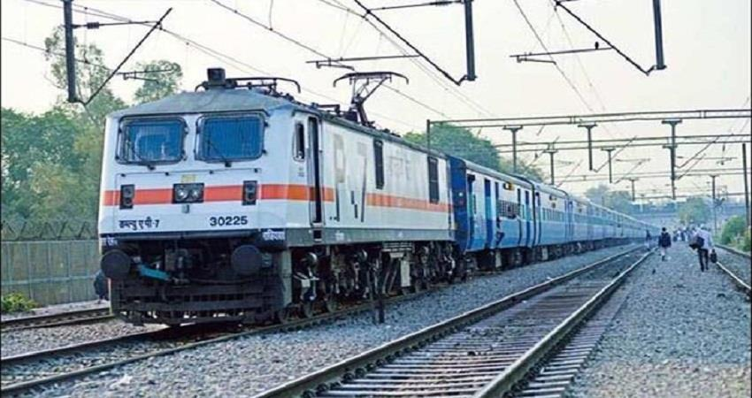 railway will run the first farmer parcel train from today sohsnt