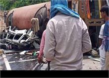 सड़क हादसों ने ली कई जिंदगियां,चालक की लापरवाही से मासूम की मौत