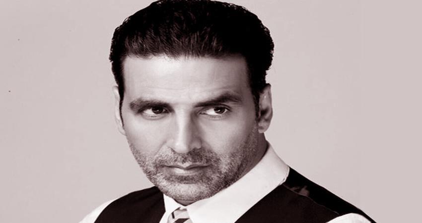akshay kumar reveals first look of his upcoming film bell bottom