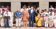 Delhi: नीदरलैंड नरेश और महारानी ने देखा सरकारी स्कूल, जाना हैप्पीनेस पाठ्यक्रम का महत्व