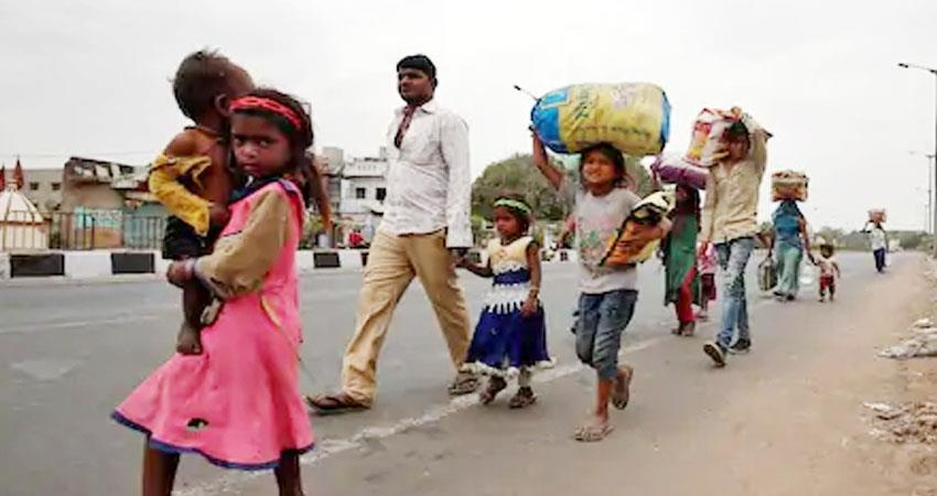 case-of-migrant-laborers-reached-to-hc-status-report-from-center-and-up-government-prshnt