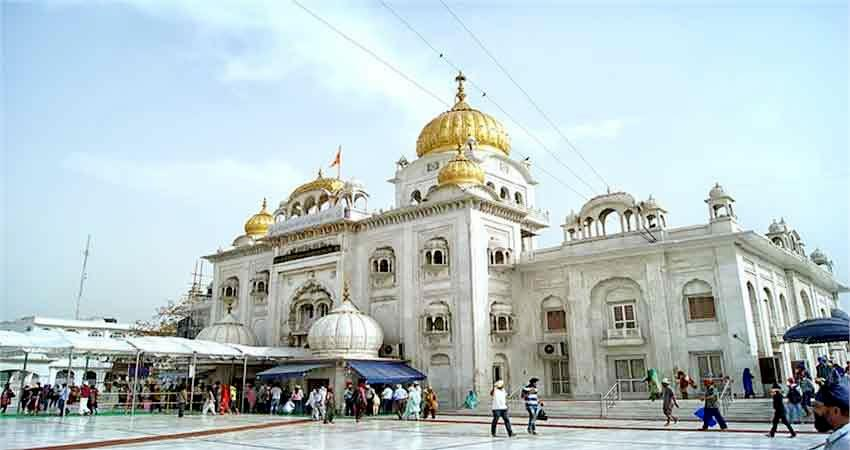 gurudwara-committee-officer-returns-from-abroad-coronavirus-positive-joins-duty-without-test