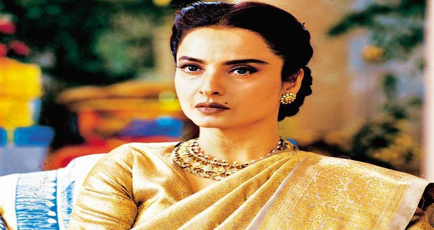 rekha glamorous look viral
