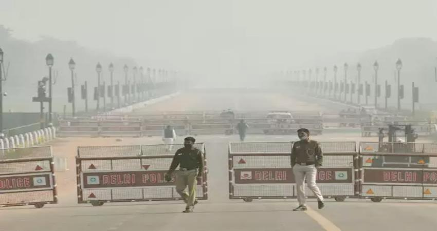 aqi of delhi reached severe category, conditions worsened by rain pragnt