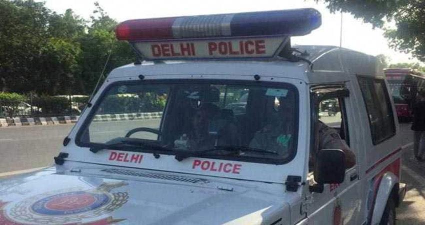 auto driver arrested for sexually assault mukherjee nagar