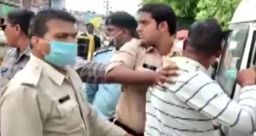 kanpur encounter main accused vikas dubey shouted his name after arrest kmbsnt