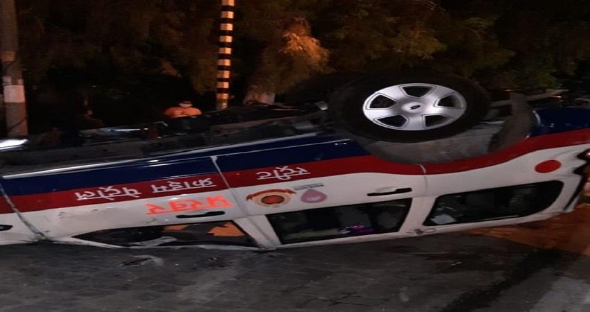 delhi police petrol vehicle accident near khalsa college 1 police personnel died kmbsnt