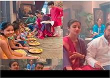 कन्या भोज कराती नजर आईं शिल्पा शेट्टी , बेटे को दे रही ऐसे संस्कार