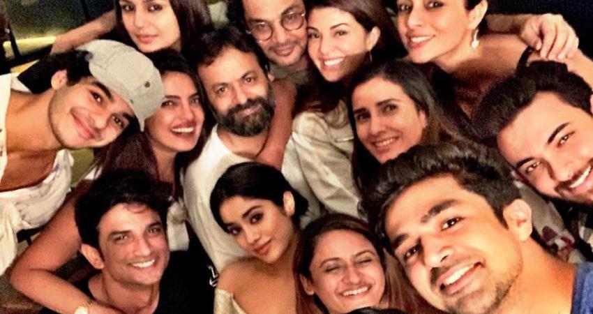 bollywood-celebs-viral-photo-after-akash-ambani-wedding-party